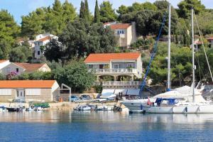 3 star pension Double Room Lumbarda 4442d Lumbarda Croatia
