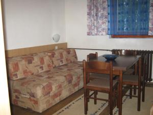 Guest House Suva Ruda, Appartamenti  Kopaonik - big - 2