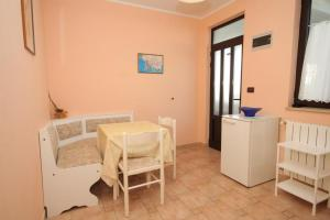 Apartment Rovinj 7195f, Ferienwohnungen  Rovinj - big - 3