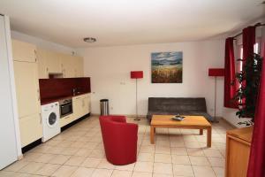 Résidence La Pinède, Apartmanhotelek  Le Barcarès - big - 3