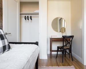Three-Bedroom on Newbury Street Apt 31, Апартаменты  Бостон - big - 6