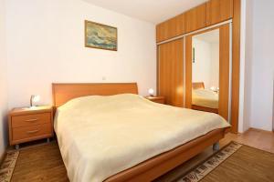 Apartment Drace 10127a, Ferienwohnungen  Janjina - big - 18