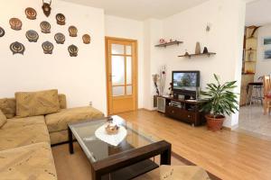 Apartment Drace 10127a, Ferienwohnungen  Janjina - big - 14
