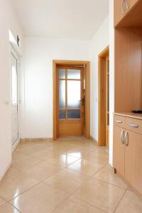 Apartment Drace 10127a, Ferienwohnungen  Janjina - big - 10