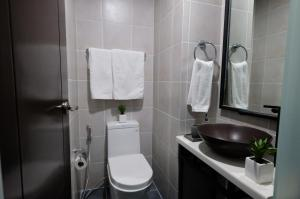 Fairways Tower at BGC by StayHome Asia, Apartmány  Manila - big - 25