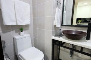 Fairways Tower at BGC by StayHome Asia, Apartmány  Manila - big - 28