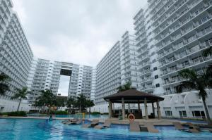SM Shell Residences Pasay by StayHome Asia, Apartments  Manila - big - 11