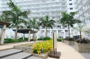 SM Shell Residences Pasay by StayHome Asia, Apartments  Manila - big - 14