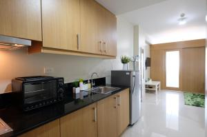 SM Shell Residences Pasay by StayHome Asia, Apartments  Manila - big - 25