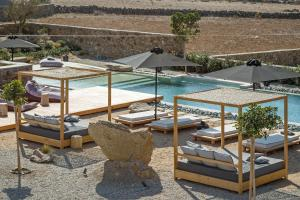 Portes Suites & Villas Mykonos, Aparthotels  Glastros - big - 53