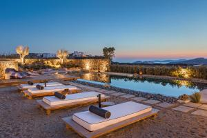 Portes Suites & Villas Mykonos, Aparthotels  Glastros - big - 76