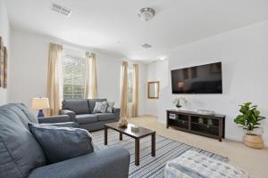 5063 Tideview Circle #64 - Three Bedroom Villa - Winter Garden