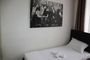 Living Hotel, Hotels  Tirana - big - 21