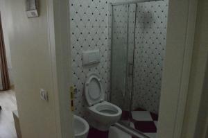 Living Hotel, Hotely  Tirana - big - 18