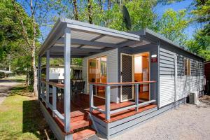 Bright Freeburgh Caravan Park, Комплексы для отдыха с коттеджами/бунгало  Брайт - big - 24
