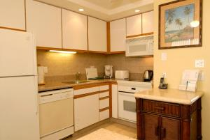 Superior Two-Bedroom Apartment with Ocean View and Balcony
