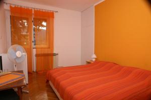 Double Room Jelsa 4041c