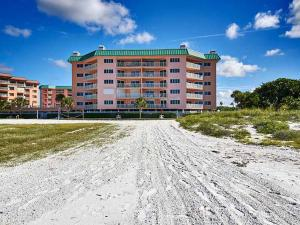 Beach Cottages, Apartments  Clearwater Beach - big - 11