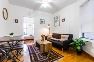 Artsy 1Bed/1Bath in Prime Lower East Manhattan