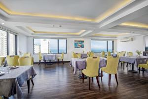Ocean Haven Hotel, Hotel  Da Nang - big - 36