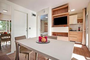 Campsite Porton Biondi Mobile Homes Mediteran, Ferienparks  Rovinj - big - 2