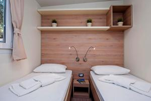 Campsite Porton Biondi Mobile Homes Mediteran, Ferienparks  Rovinj - big - 82