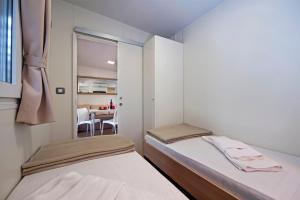 Campsite Porton Biondi Mobile Homes Mediteran, Ferienparks  Rovinj - big - 14