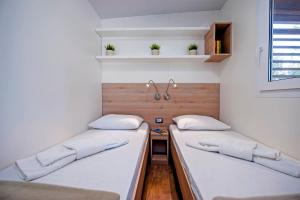 Campsite Porton Biondi Mobile Homes Mediteran, Ferienparks  Rovinj - big - 79