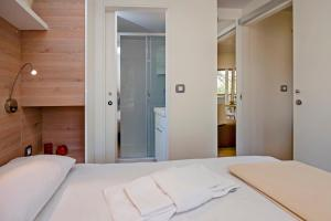 Campsite Porton Biondi Mobile Homes Mediteran, Ferienparks  Rovinj - big - 108
