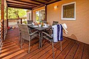 Campsite Porton Biondi Mobile Homes Mediteran, Ferienparks  Rovinj - big - 107