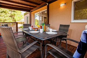 Campsite Porton Biondi Mobile Homes Mediteran, Ferienparks  Rovinj - big - 106