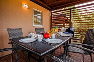 Campsite Porton Biondi Mobile Homes Mediteran, Ferienparks  Rovinj - big - 105