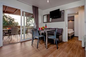 Campsite Porton Biondi Mobile Homes Mediteran, Ferienparks  Rovinj - big - 101