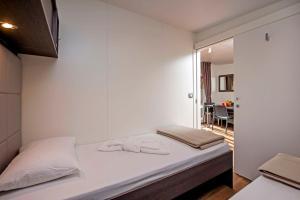 Campsite Porton Biondi Mobile Homes Mediteran, Ferienparks  Rovinj - big - 28