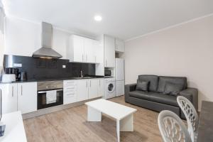 ApartEasy - Family Barcelona Beach, Appartamenti  Barcellona - big - 14