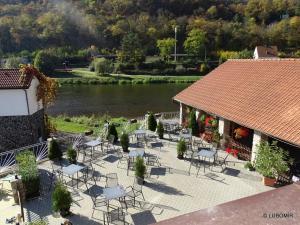 Hotel U Berounky, Отели  Srbsko - big - 10