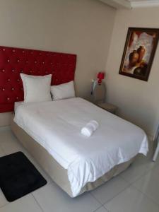 Oxford Hotel, Отели  Tsumeb - big - 8