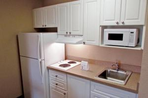 Extended Stay America - Boston - Waltham - 32 4th Avenue, Szállodák  Waltham - big - 10