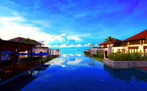The Oriental Beach Resort