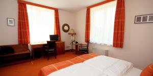 Vis Vitalis Hotel, Hotely  Kerepes - big - 8