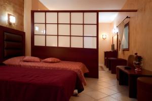 Hotel Life, Hotely  Herakleion - big - 3