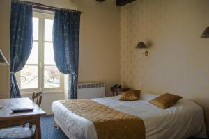 Inter-Hotel Loches George Sand, Отели  Лош - big - 8