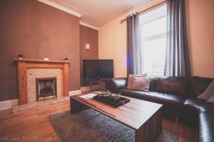 Stylish and Spacious two bed in Aberdeen's West End, Apartmanok  Aberdeen - big - 9