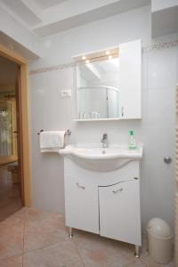 Apartment Novigrad 7054a, Appartamenti  Novigrad Istria - big - 8
