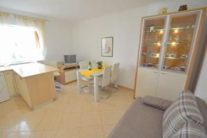 Apartment Novigrad 7054b, Apartmány  Novigrad Istria - big - 8