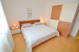 Apartment Novigrad 7054b, Apartmány  Novigrad Istria - big - 9