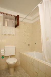 Apartment Novigrad 7054b, Apartmány  Novigrad Istria - big - 3