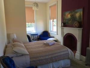 Meriam Bed and Breakfast and Explore Tasmania with Meriambb, Bed & Breakfast  Hobart - big - 5
