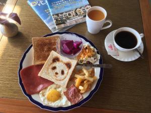 Hai Yue Homestay, Отели типа «постель и завтрак»  Yanliau - big - 65