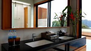 Aonang Cliff Beach Suites & Villas, Szállodák  Aunang-part - big - 2